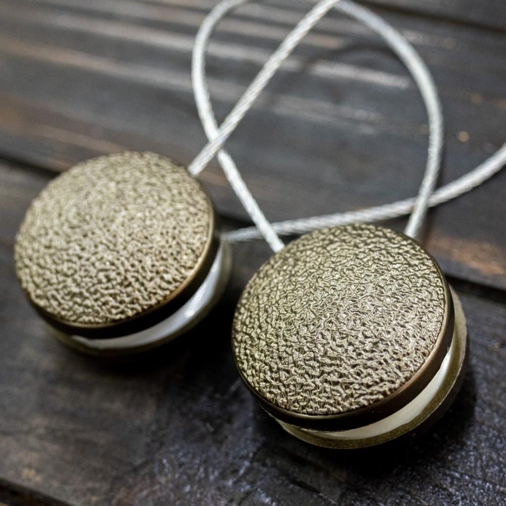 Magnet decorativ rotund, bronz striat